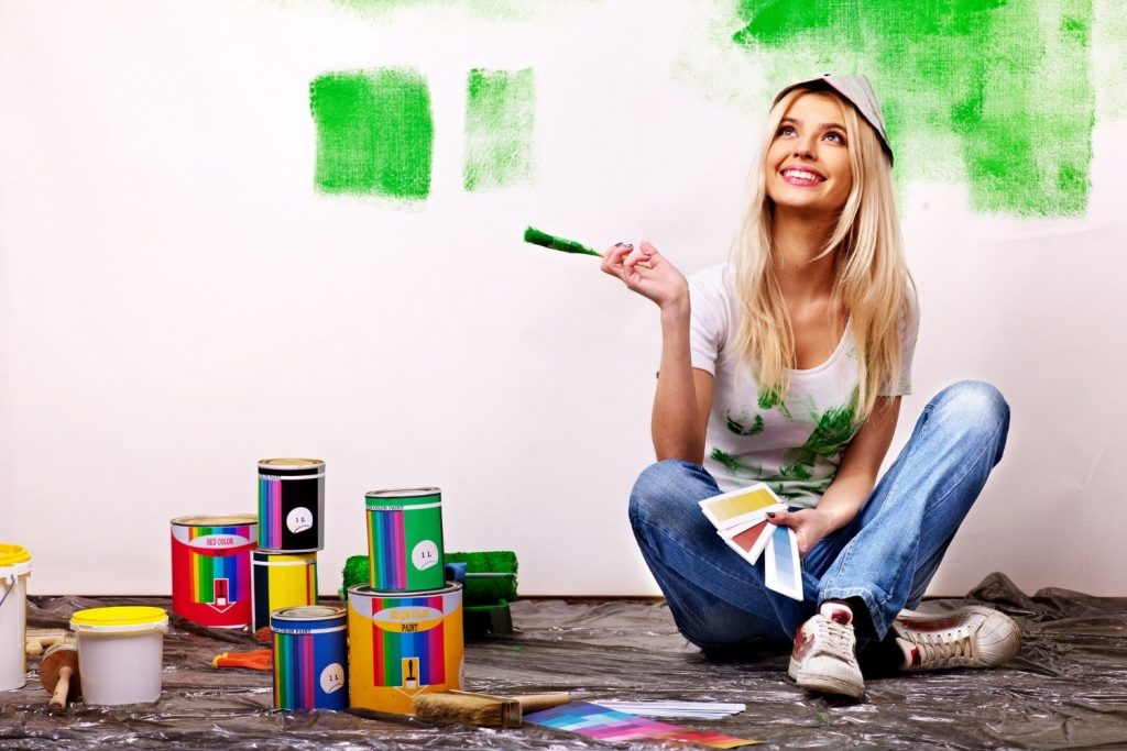 featured photo for the ultimate guide to painting walls for beginners